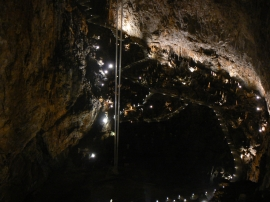 Riesehöhle